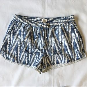 J. Crew shorts size small blue white EUC pull on